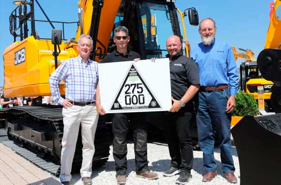 CESAR HITS 275,000 REGISTRATIONS AT HILLHEAD